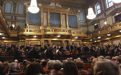 Chương 2 bản concerto số 21 cho piano của Mozart
