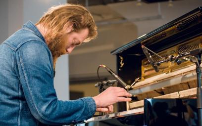 Joep Beving – Nghệ sĩ piano tỏa sáng từ căn bếp