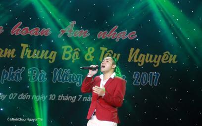 """Ca sĩ Trần Vinh Quang với khát vọng """"Đánh thức giấc mơ"""""""